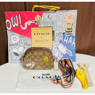COACH - 【新品未使用】2021 新作 COACH × スヌーピー ショルダーバッグ