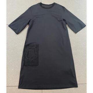 Hermes - エルメス 2021SS Tシャツワンピース 黒 34  ポケット刺繍