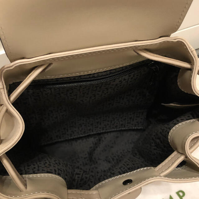 LONGCHAMP(ロンシャン)の本日限定お値下げ バーゲン ロンシャン ルプリアージュキュイール ミニリュック レディースのバッグ(リュック/バックパック)の商品写真