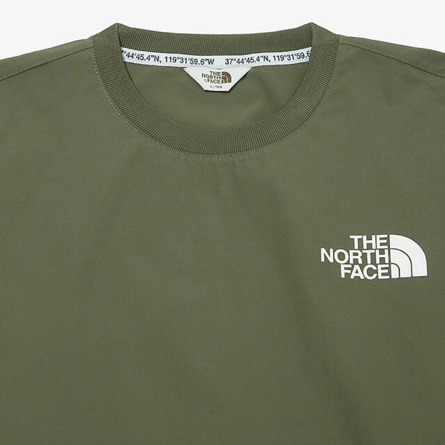 THE NORTH FACE(ザノースフェイス)の【新品 海外正規品】ザノースフェイス ALBANY CREWNECK カーキ メンズのジャケット/アウター(ナイロンジャケット)の商品写真