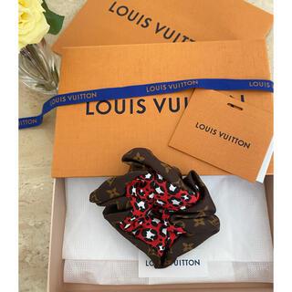 ルイヴィトン(LOUIS VUITTON)の新品2021AW☆ルイヴィトン☆LV シュシュ ビーマインドフル ブラウン1個(ヘアゴム/シュシュ)