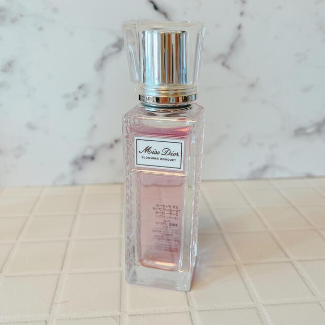Dior(ディオール)のミス ディオール ブルーミング ブーケ ローラー パール  20ml コスメ/美容の香水(香水(女性用))の商品写真