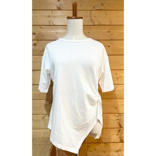 ブージュルード(Bou Jeloud)のBou Jeloud ブージュルード タックデザイン オフホワイト Tシャツ(Tシャツ(半袖/袖なし))