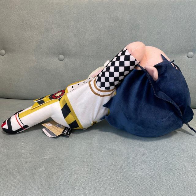 Disney(ディズニー)のツイステ メガジャンボ 寝そべり ぬいぐるみ ハーツラビュル寮 デュース エンタメ/ホビーのおもちゃ/ぬいぐるみ(ぬいぐるみ)の商品写真