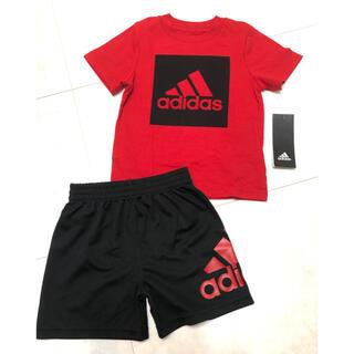 アディダス(adidas)の【新品・タグ付き】1才 adidasセットアップ adidasキッズ(Tシャツ)