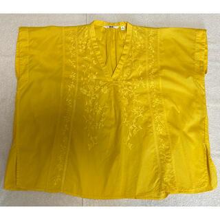 ユニクロ(UNIQLO)の【美品】ユニクロ カットソー シャツ トップス(シャツ/ブラウス(半袖/袖なし))