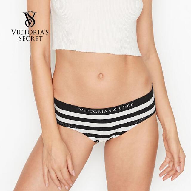 Victoria's Secret(ヴィクトリアズシークレット)のシームレス ヘザーヒップハンガー♡ブラックホワイトストライプ レディースの下着/アンダーウェア(ショーツ)の商品写真