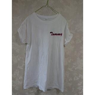 トミー(TOMMY)の【TOMMY】訳ありカジュアルTシャツロゴバックプリントMサイズ(Tシャツ(半袖/袖なし))