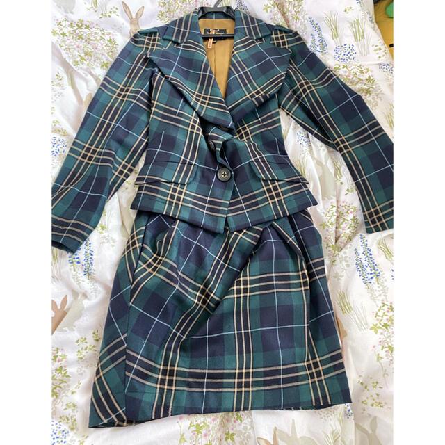 Vivienne Westwood(ヴィヴィアンウエストウッド)のリカリカ様 専用です♡ レディースのジャケット/アウター(テーラードジャケット)の商品写真