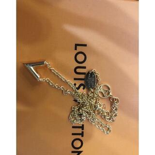 ルイヴィトン(LOUIS VUITTON)のコリエ エセンシャルV ギヨーシュ ネックレス(ネックレス)