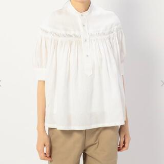 サイ(Scye)のScye サイ 半袖リネンタックシャツ ブラウス ホワイト (ハンガー付)(シャツ/ブラウス(半袖/袖なし))
