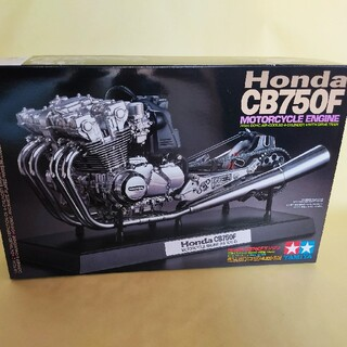 タミヤ 1/6 オートバイシリーズ Honda CB750F エンジン
