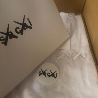 サカイ(sacai)の【新品未使用】sacai×kaws Embroidery T 2【おまけ付き】(Tシャツ/カットソー(半袖/袖なし))