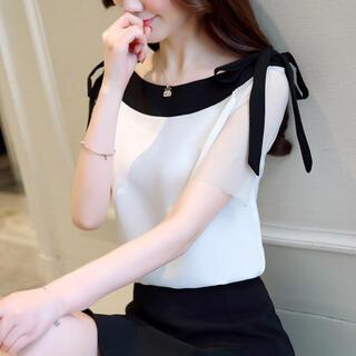 Lily Brown - 半袖シフォンデザインリボンブラウストップス(ホワイト)
