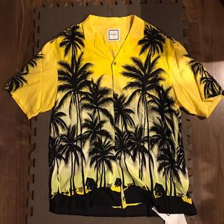 ウーヨンミ(WOO YOUNG MI)の☆新品未使用☆ WOOYOUNGMI メンズ シャツ 黄色 リゾート開襟(シャツ)
