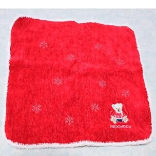 WEDGWOOD - 美品★WEDGWOOD ★ハンカチ 雪の結晶柄とテディベアの刺繍 クリスマス限定