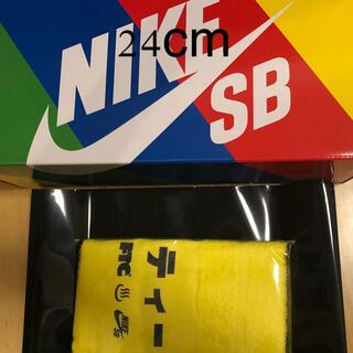 NIKE - FTC × NIKE SB DUNK LOW タオル付き