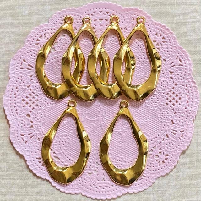不規則雫チャーム ゴールド ハンドメイドの素材/材料(各種パーツ)の商品写真