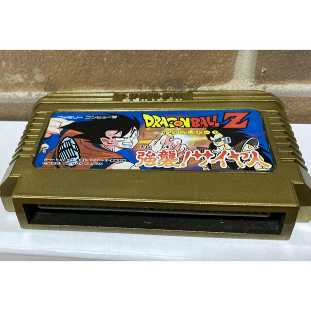 任天堂(ニンテンドウ)のなんちゃって ファミコンゴールドカートリッジ! エンタメ/ホビーのゲームソフト/ゲーム機本体(家庭用ゲームソフト)の商品写真