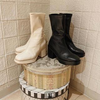 leather heel middle boots treat ürself