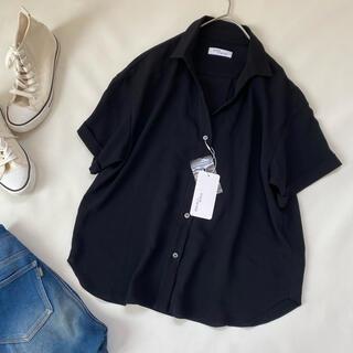 ドゥーズィエムクラス(DEUXIEME CLASSE)のステートオブマインド シャツ 半袖 スリット 夏服 とろみ ブラウス トップス(シャツ/ブラウス(半袖/袖なし))