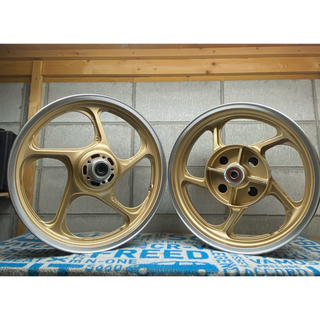 カワサキ - ゼファー1100ホイール リペイント ゴールドメタリック 塗装後未使用 ウレタン