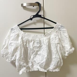 エイチアンドエム(H&M)の白 ブラウス(シャツ/ブラウス(半袖/袖なし))