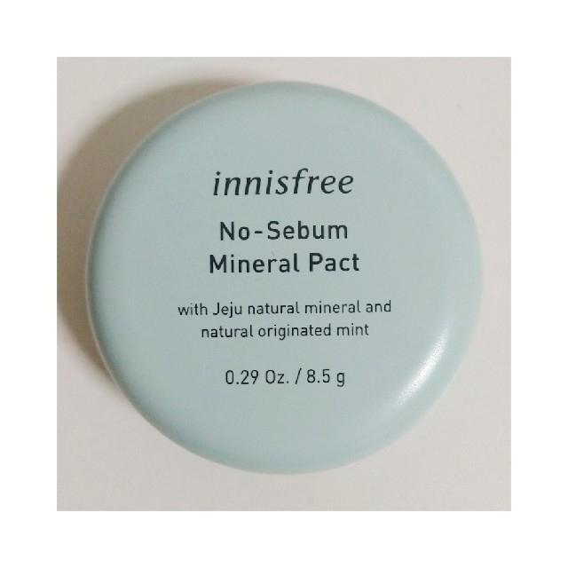 Innisfree(イニスフリー)の【新品】ノーセバム ミネラルパクト8.5g  コスメ/美容のベースメイク/化粧品(フェイスパウダー)の商品写真