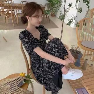 dholic - 韓国ワンピース パフスリーブ / 小花柄・ドット