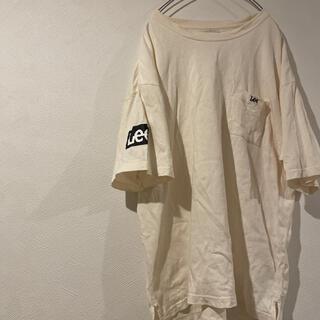Lee - LeeTシャツ オフホワイト ワンポイントロゴ アームプリント