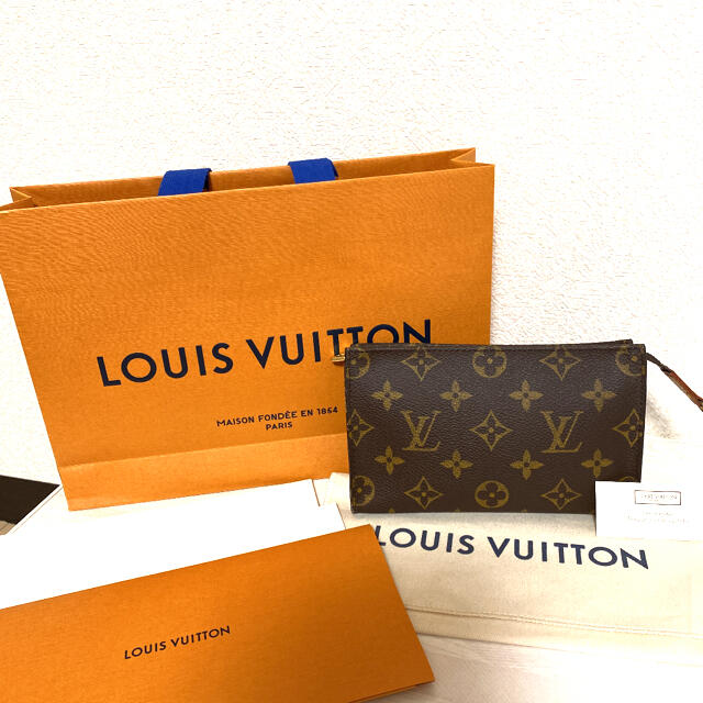 LOUIS VUITTON(ルイヴィトン)の【LOUIS VUITTON】ルイヴィトン ★  ポーチ モノグラム 正規品 レディースのファッション小物(ポーチ)の商品写真