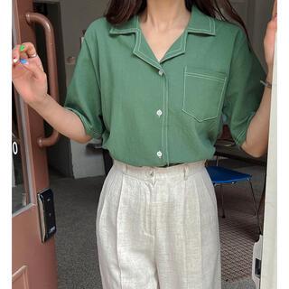 ディーホリック(dholic)のDholic配色ステッチワンポケットオープンカラー半袖シャツ(シャツ/ブラウス(半袖/袖なし))