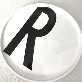 ACTUS - デザインレターズ  皿 R 入手困難 特に人気のR