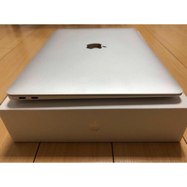 Mac (Apple)(マック)の13 Inch Macbook air 2020 SSD 1TB スマホ/家電/カメラのPC/タブレット(ノートPC)の商品写真