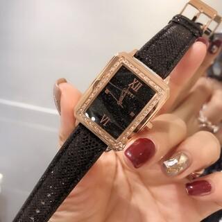 GUESS - guess レディース ファッション アナログ レザーベルト 腕時計