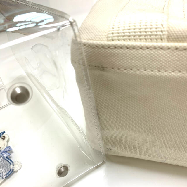 familiar(ファミリア)のfamiliar×ajew アイボリー レディースのバッグ(トートバッグ)の商品写真