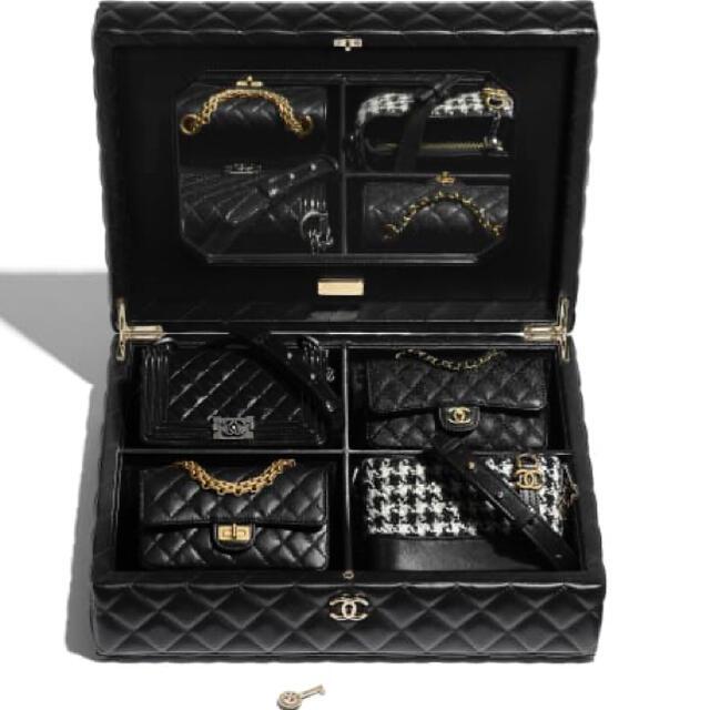 CHANEL(シャネル)のシャネル 限定 レア バッグセット ブラック ボックス CHANEL レディースのバッグ(ショルダーバッグ)の商品写真
