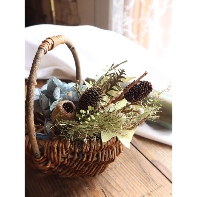 夏・秋 藍色紫陽花スワッグ。ドライフラワースワッグ。インテリアスワッグ ハンドメイドのフラワー/ガーデン(ドライフラワー)の商品写真