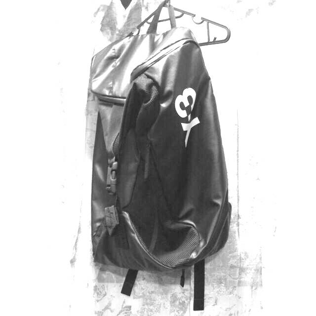 Y-3 リュック メンズのバッグ(バッグパック/リュック)の商品写真