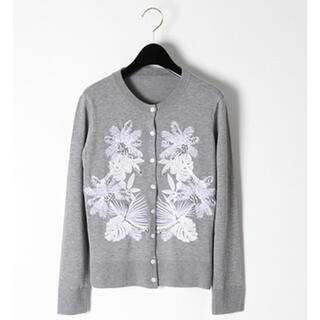 GRACE CONTINENTAL - グレースコンチネンタル ビジュー刺繍カーディガン グレー