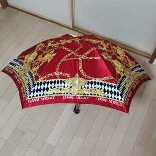 ジャンニヴェルサーチ(Gianni Versace)の美品 GIANNI VERSACE ジャンニヴェルサーチ ロゴ 折りたたみ傘 (傘)