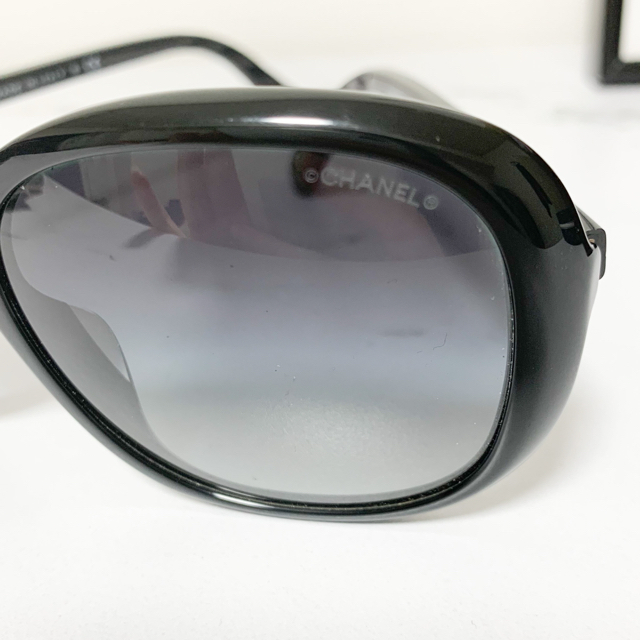 CHANEL(シャネル)のCHANEL サングラス 中古 レディースのファッション小物(サングラス/メガネ)の商品写真