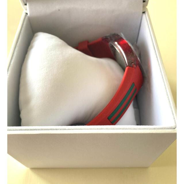 Gucci(グッチ)のGUCCI  SYNC XXL YA137103 red 新品未使用 メンズの時計(腕時計(アナログ))の商品写真