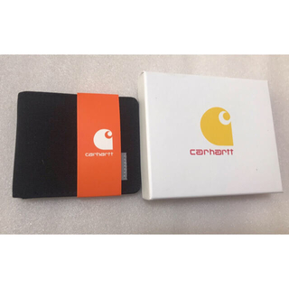 カーハート(carhartt)のカーハート Carhartt二つ折り財布 ブラック おまけの箱付き(折り財布)