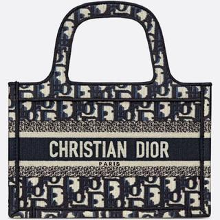 ディオール(Dior)のDior Book Tote(トートバッグ)