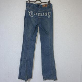 TOMMY HILFIGER - tommy genes フレアデニム