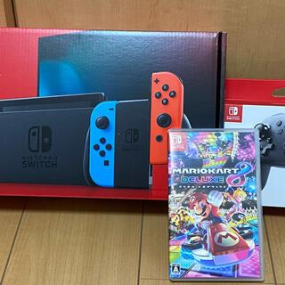 ニンテンドースイッチ(Nintendo Switch)の【中古】ニンテンドースイッチ+マリオカート8DX+プロコン(家庭用ゲーム機本体)
