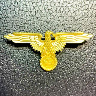 ドイツ ジャーマンイーグル 鉄十字 バッジ ゴールド WW2(その他)