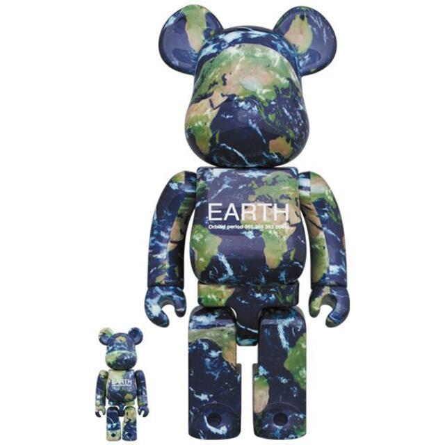 EARTH BE@RBRICK 100% & 400% エンタメ/ホビーのフィギュア(その他)の商品写真