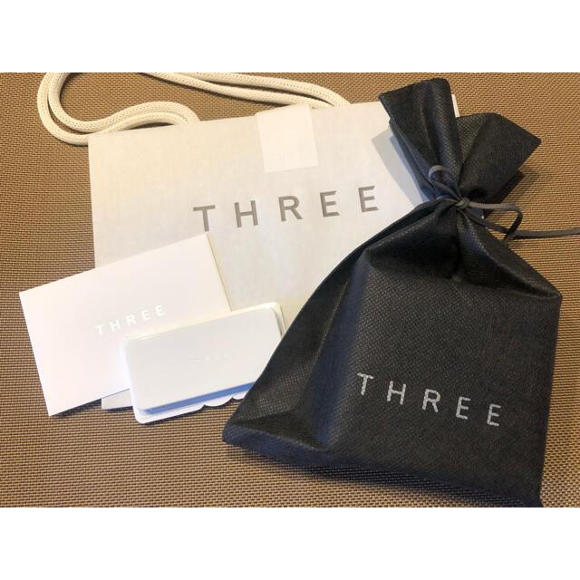 THREE(スリー)のおまけ付 THREE アドバンスドエシリアルスムース ルースパウダー  01  コスメ/美容のベースメイク/化粧品(フェイスパウダー)の商品写真